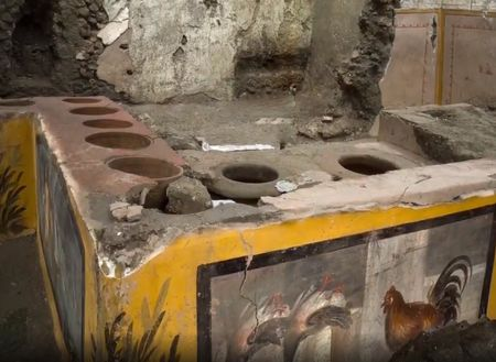 thermopolium_pompeii (2)