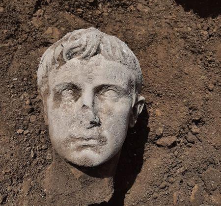 Augustus_Isernia (1)