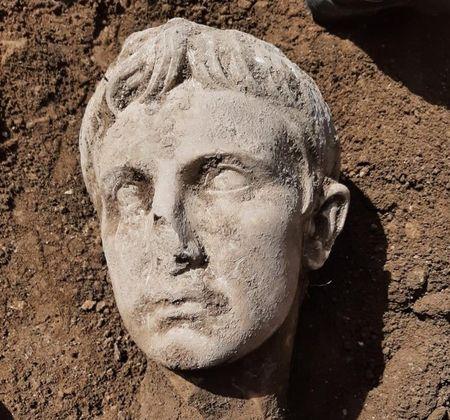 Augustus_Isernia (3)